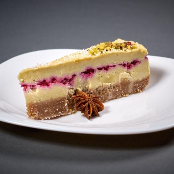 cheesecake-cu-zmeura-555x555-min