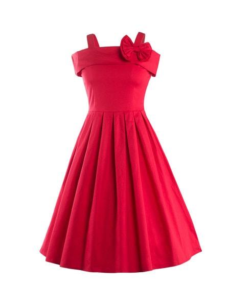 Red dress-min