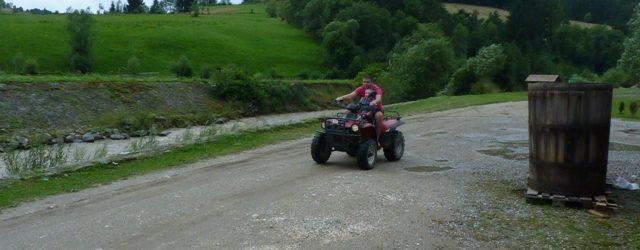 Plimbare cu ATV