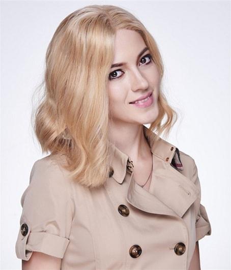 peruca bloda-min