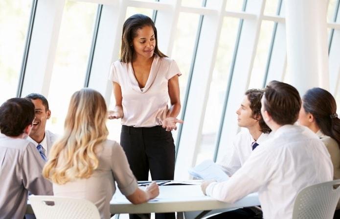 comunicarea-cu-angajatii-min